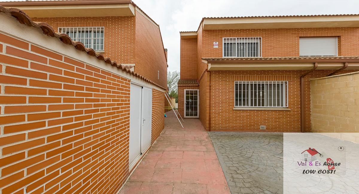4 Habitaciones Habitaciones, ,3 BathroomsBathrooms,Casas,En venta,1031